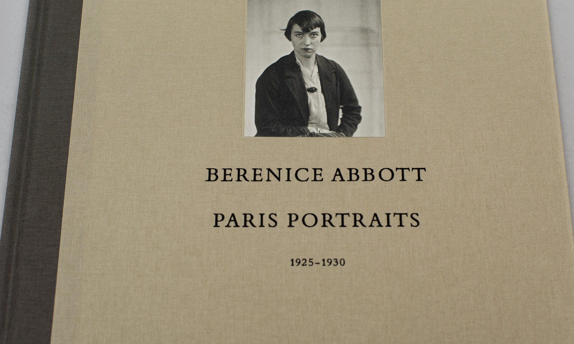 Abbott_Paris_Portrait_04