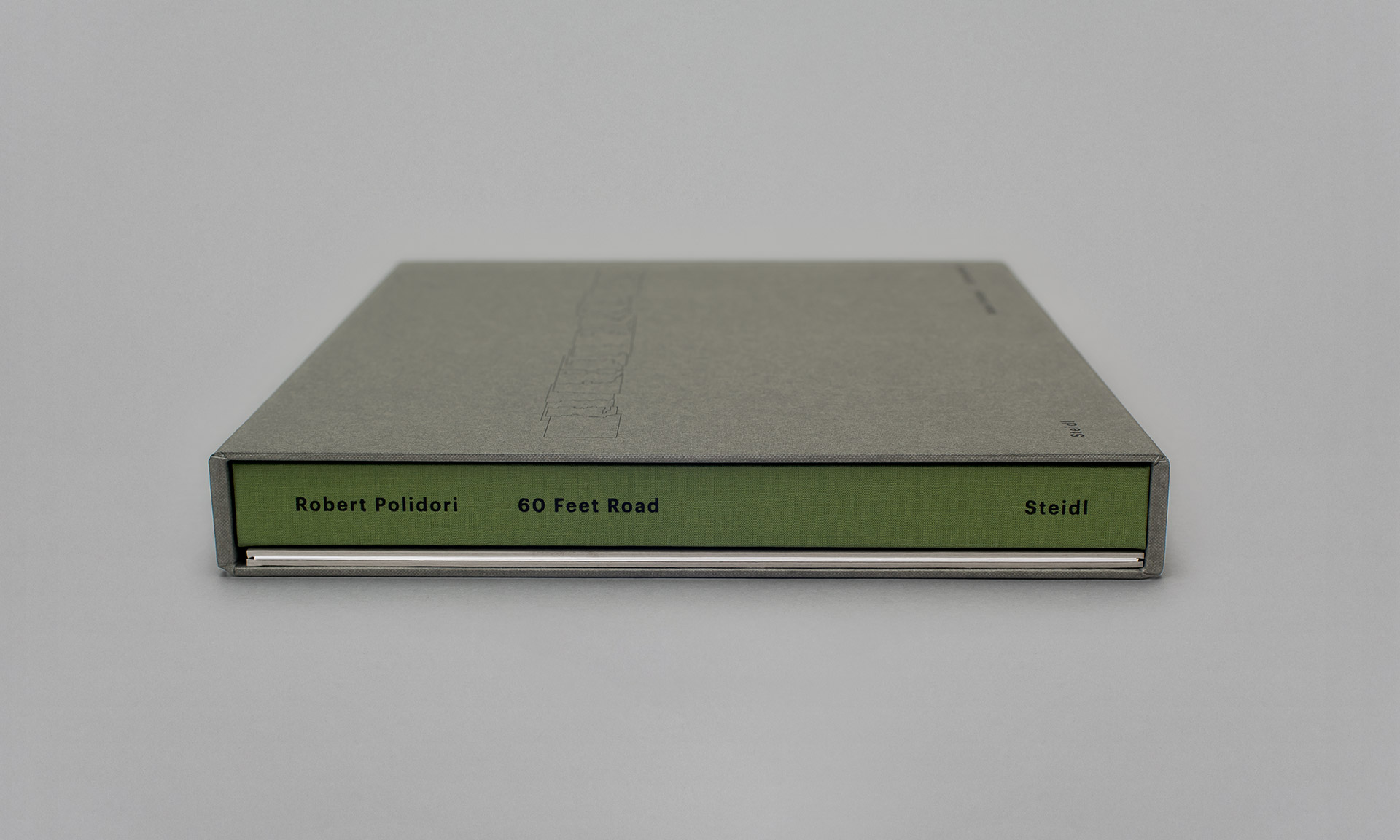 Polidori_60_Feet_Road_04